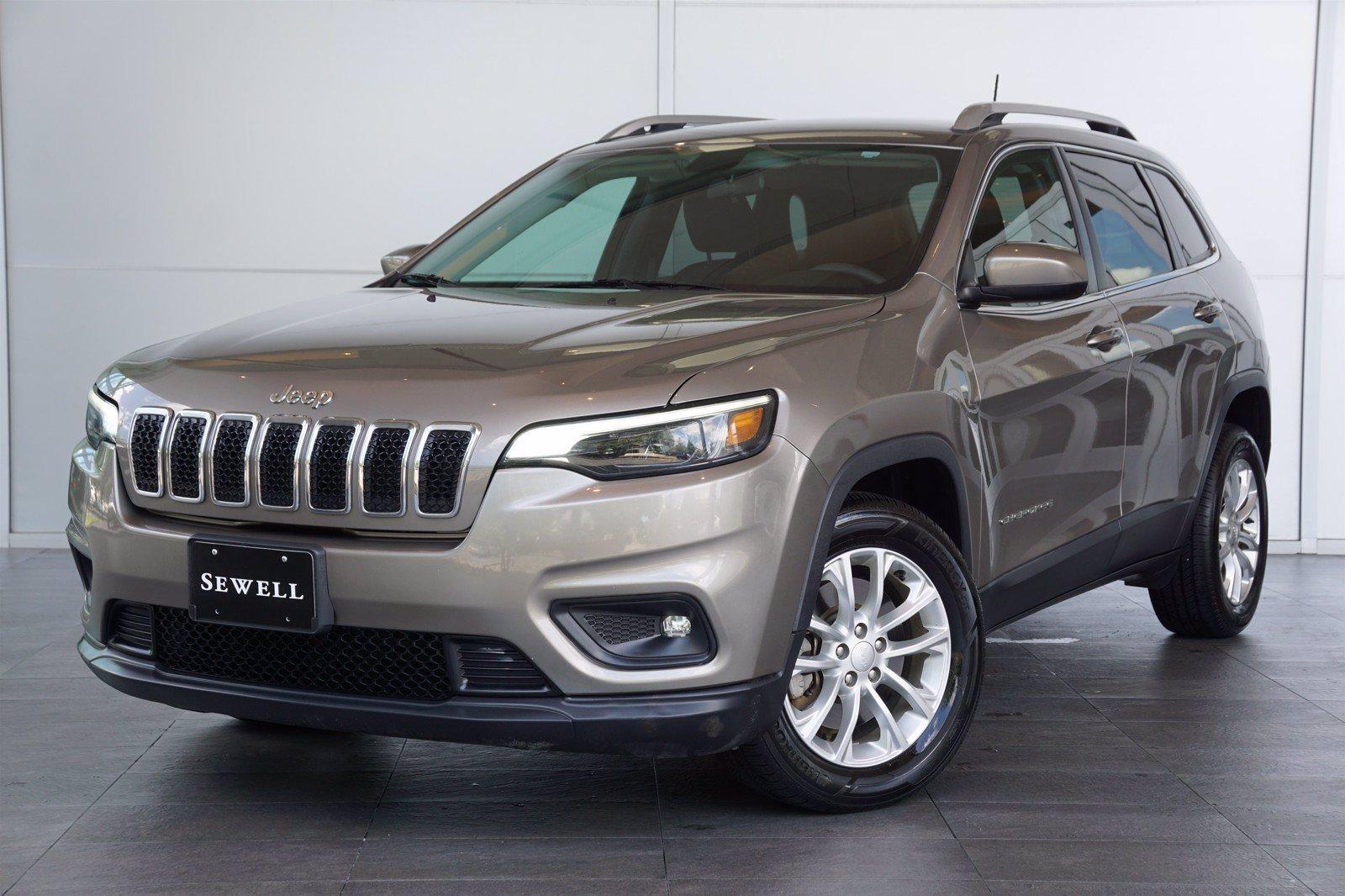 2019 Jeep Cherokee Vehicle Photo in Houston, TX 77079