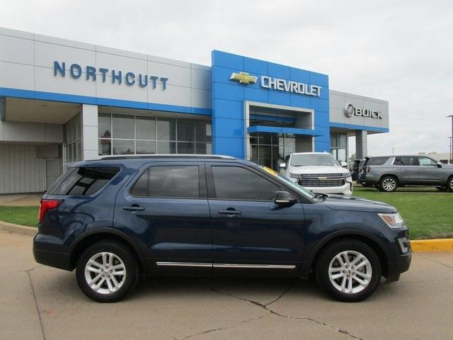 2017 Ford Explorer Vehicle Photo in Enid, OK 73703