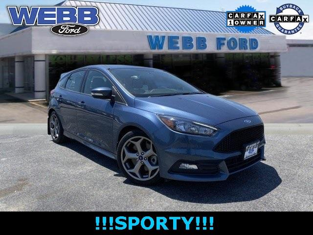 2018 Ford Focus Vehicle Photo in Highland, IN 46322
