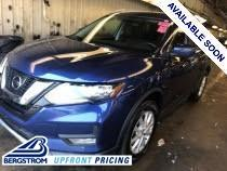 2017 Nissan Rogue Vehicle Photo in APPLETON, WI 54914-4656