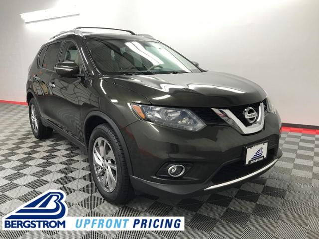 2014 Nissan Rogue Vehicle Photo in Appleton, WI 54913