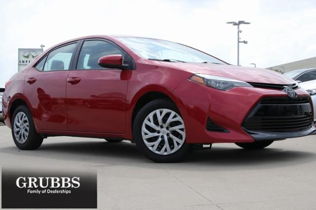 2018 Toyota Corolla Vehicle Photo in Grapevine, TX 76051