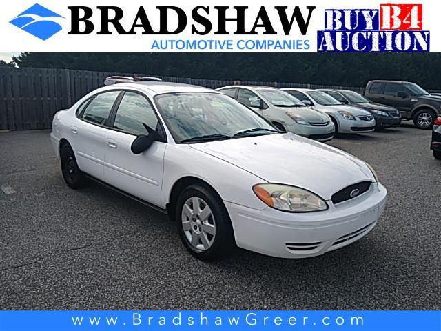 2005 Ford Taurus Vehicle Photo in Greer, SC 29651