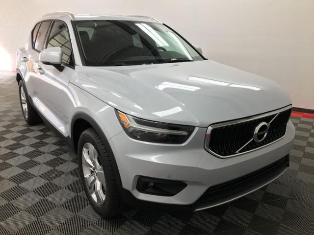 2021 Volvo XC40 Vehicle Photo in Appleton, WI 54913