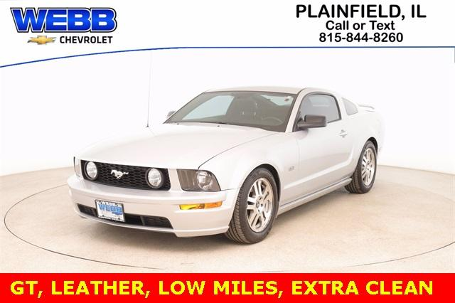 2006 Ford Mustang Vehicle Photo in Plainfield, IL 60586-5132