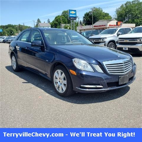 2012 Mercedes-Benz E-Class Vehicle Photo in Terryville, CT 06786