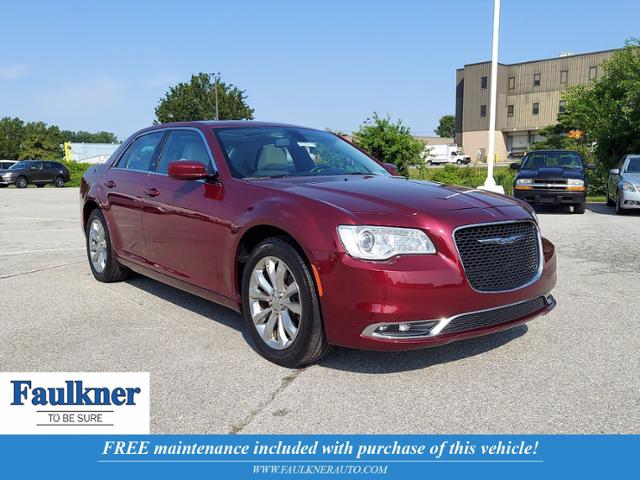 2017 Chrysler 300 Vehicle Photo in WEST CHESTER, PA 19382-4976