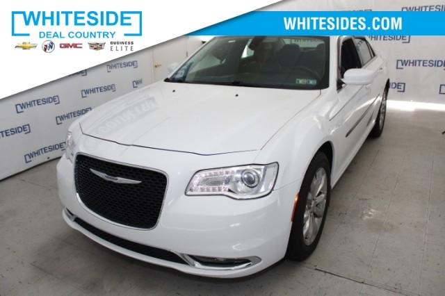 2018 Chrysler 300 Vehicle Photo in St. Clairsville, OH 43950