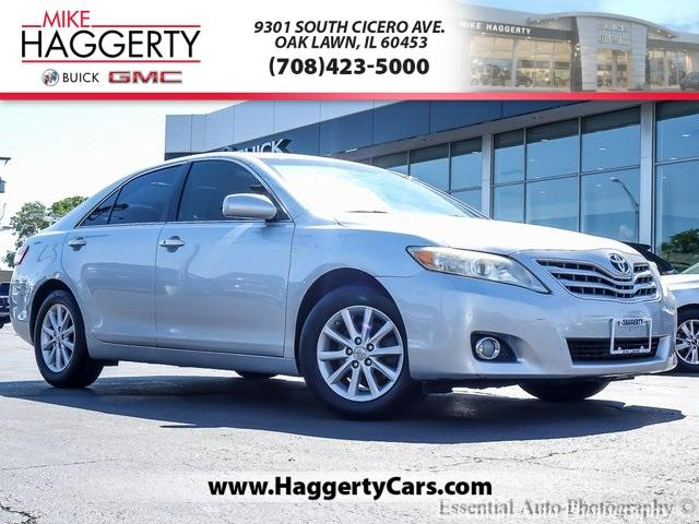 2011 Toyota Camry Vehicle Photo in Oak Lawn, IL 60453-2517
