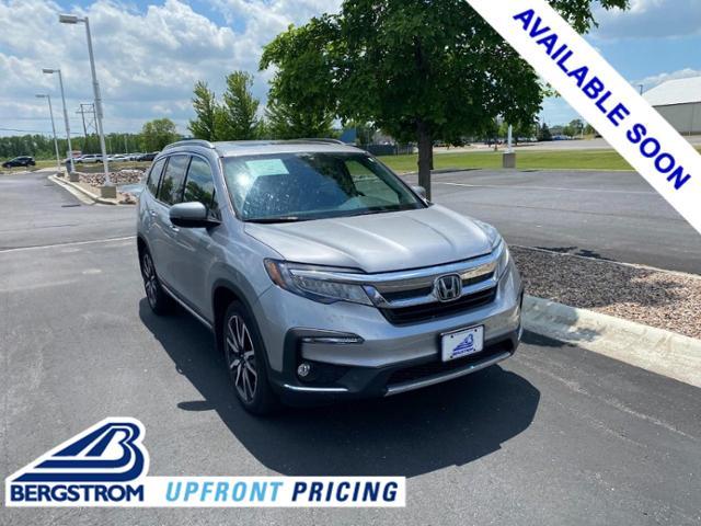 2020 Honda Pilot Vehicle Photo in Appleton, WI 54913
