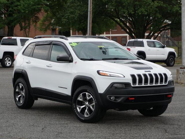 2016 Jeep Cherokee Vehicle Photo in Greensboro, NC 27405