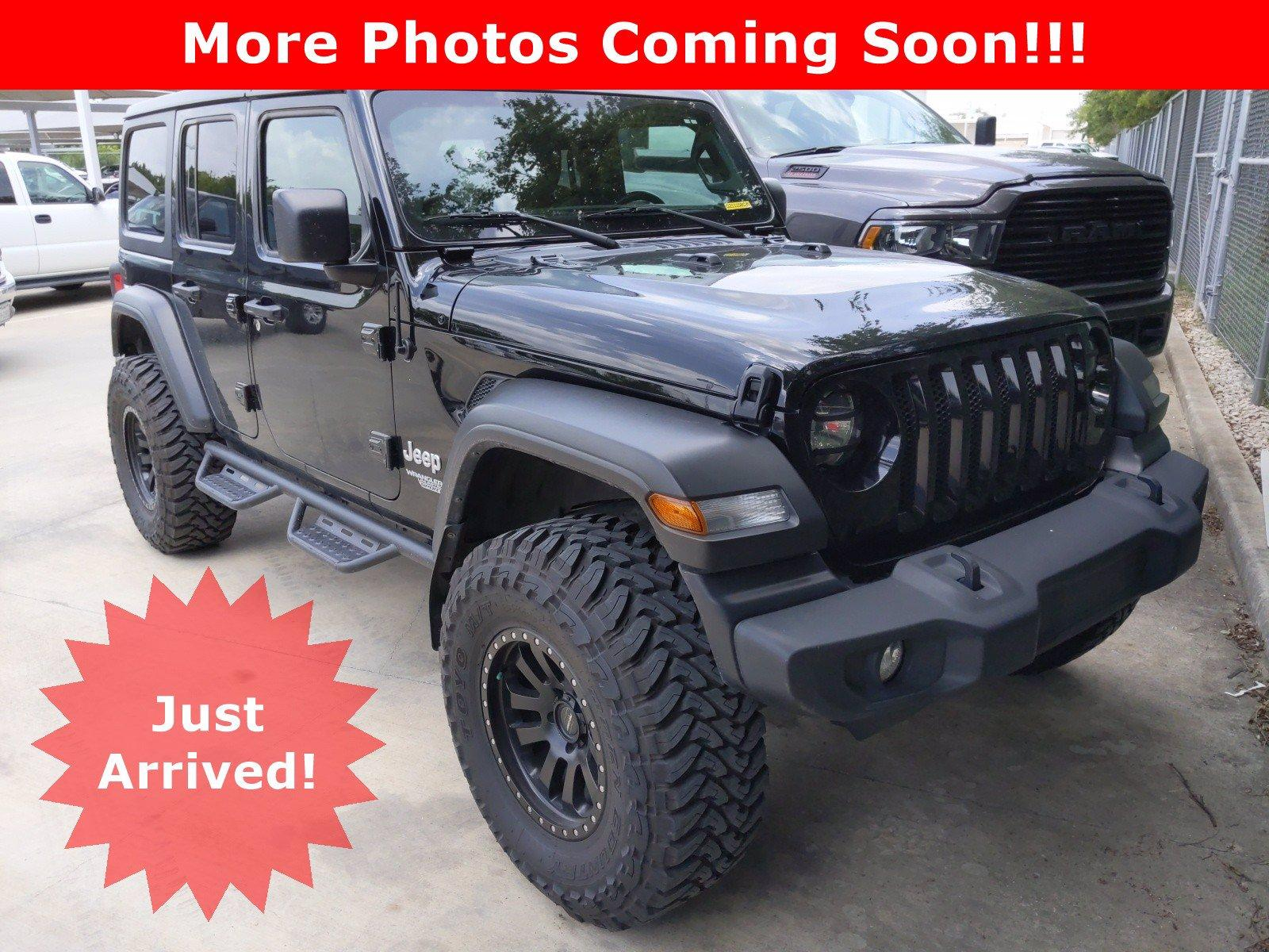 2019 Jeep Wrangler Unlimited Vehicle Photo in SELMA, TX 78154-1459