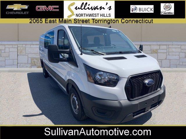 2021 Ford Transit Crew Van Vehicle Photo in TORRINGTON, CT 06790-3111
