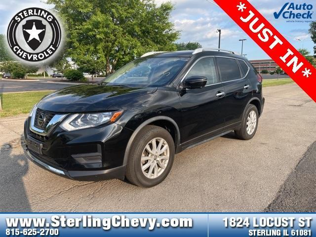 2018 Nissan Rogue Vehicle Photo in STERLING, IL 61081-1198
