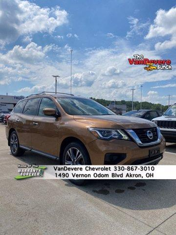 2017 Nissan Pathfinder Vehicle Photo in AKRON, OH 44320-4088