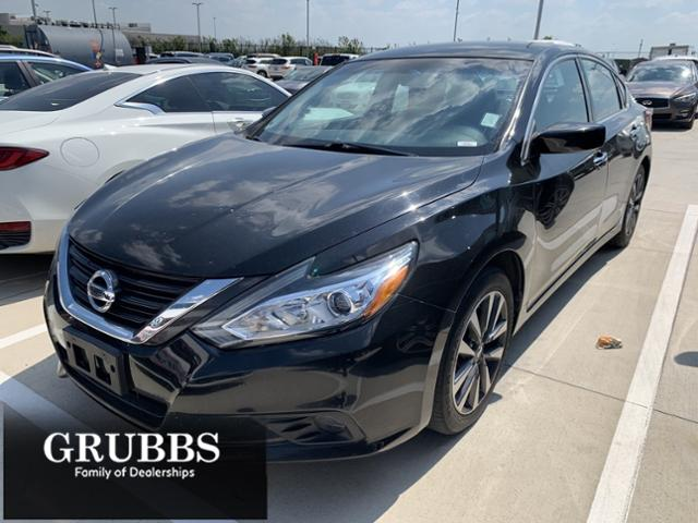 2017 Nissan Altima Vehicle Photo in Grapevine, TX 76051