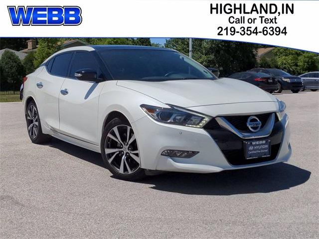 2017 Nissan Maxima Vehicle Photo in Highland, IN 46322