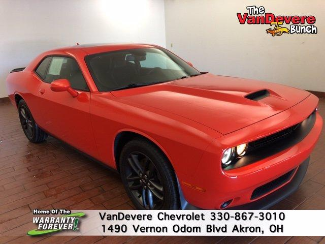 2019 Dodge Challenger Vehicle Photo in AKRON, OH 44320-4088