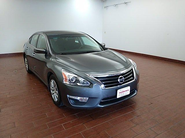 2014 Nissan Altima Vehicle Photo in AKRON, OH 44320-4088