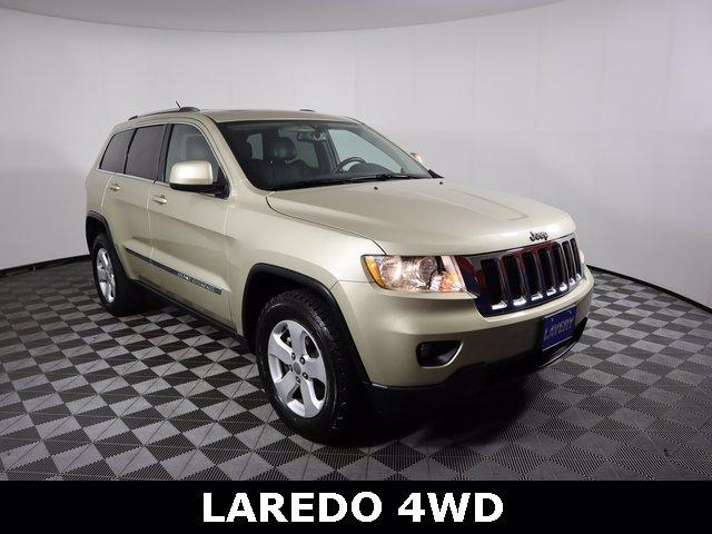 2012 Jeep Grand Cherokee Vehicle Photo in ALLIANCE, OH 44601-4622