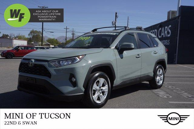 2019 Toyota RAV4 Vehicle Photo in Tucson, AZ 85711