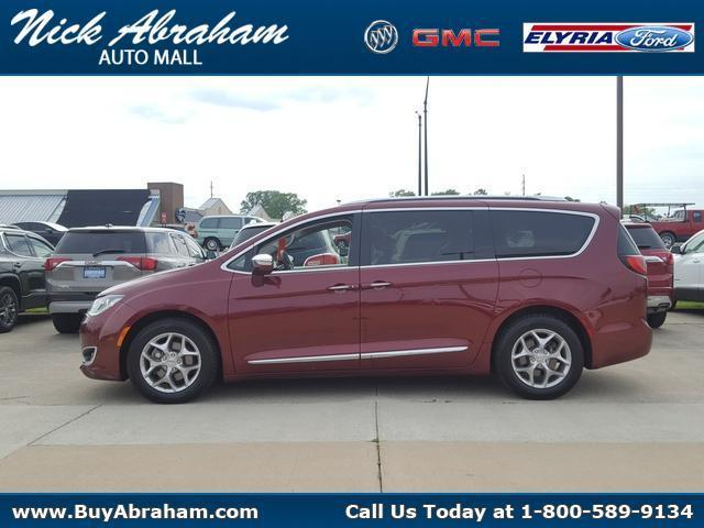 2018 Chrysler Pacifica Vehicle Photo in ELYRIA, OH 44035-6349