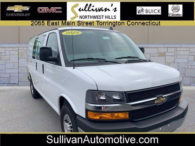 2019 Chevrolet Express Cargo Van Vehicle Photo in TORRINGTON, CT 06790-3111