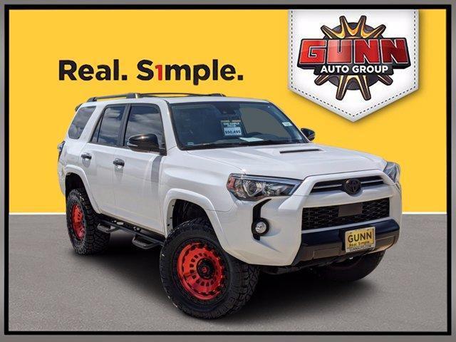 2020 Toyota 4Runner Vehicle Photo in Selma, TX 78154