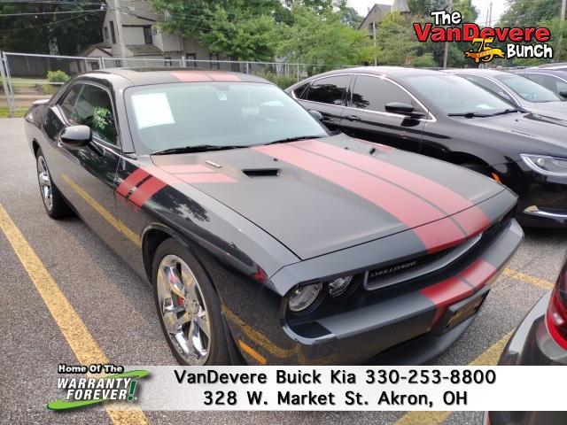 2014 Dodge Challenger Vehicle Photo in AKRON, OH 44303-2185