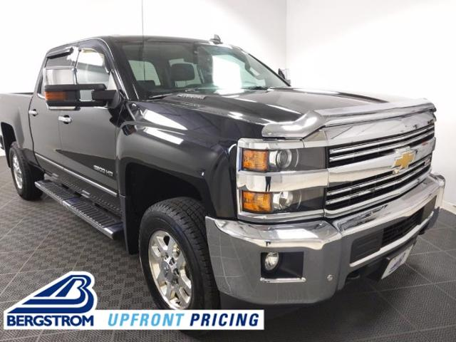 2015 Chevrolet Silverado 2500HD Built After Aug 14 Vehicle Photo in APPLETON, WI 54914-4656
