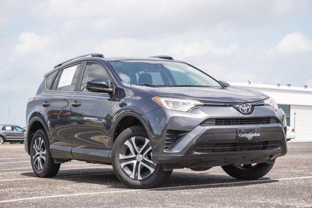 2017 Toyota RAV4 Vehicle Photo in TEMPLE, TX 76504-3447