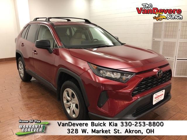 2019 Toyota RAV4 Vehicle Photo in AKRON, OH 44303-2185