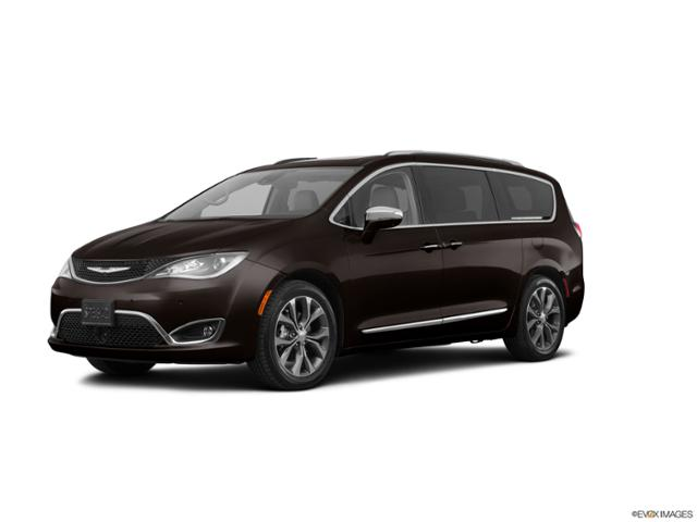 2017 Chrysler Pacifica Vehicle Photo in Marion, IA 52302
