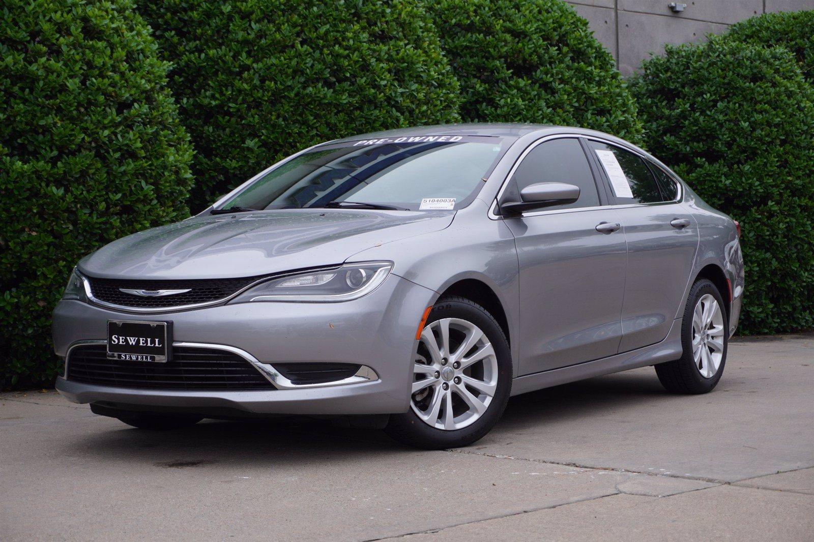 2015 Chrysler 200 Vehicle Photo in Dallas, TX 75209