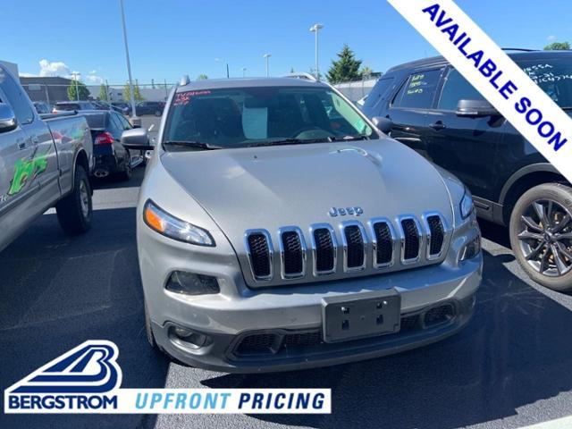 2016 Jeep Cherokee Vehicle Photo in Oshkosh, WI 54904