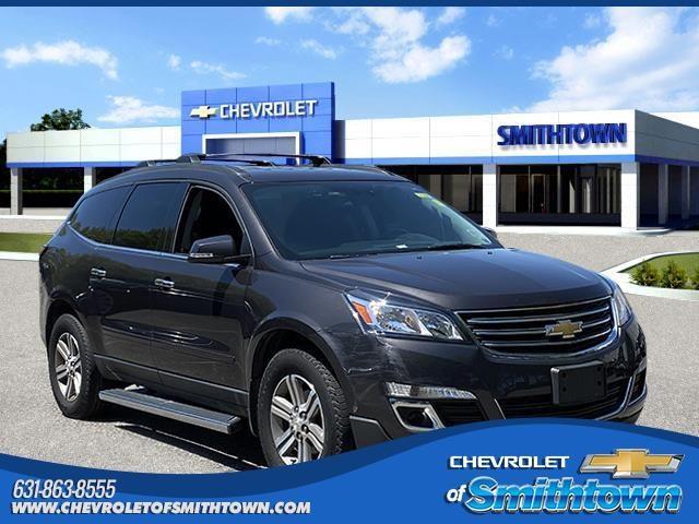 2017 Chevrolet Traverse Vehicle Photo in Saint James, NY 11780