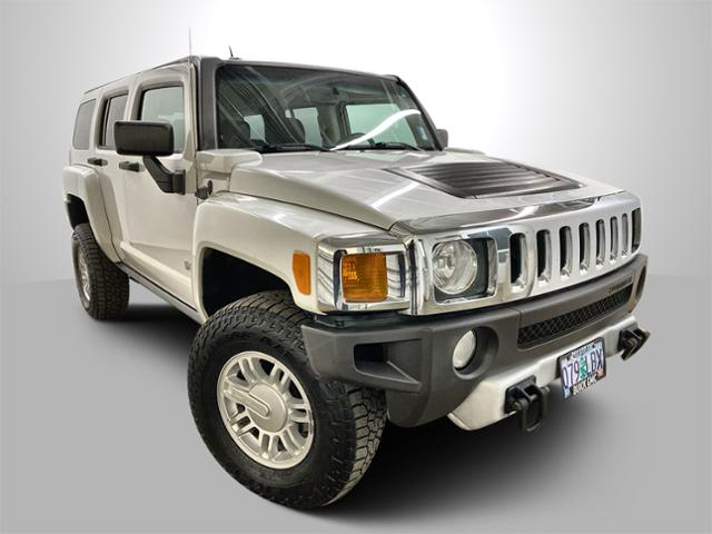 2008 HUMMER H3 Vehicle Photo in Portland, OR 97225