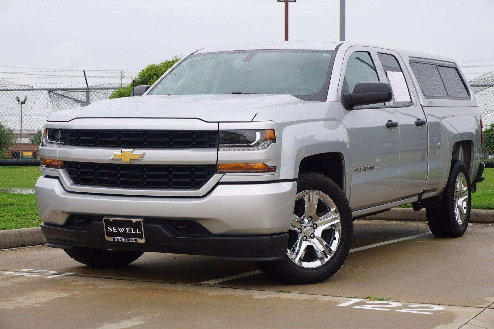 2017 Chevrolet Silverado 1500 Vehicle Photo in Houston, TX 77079