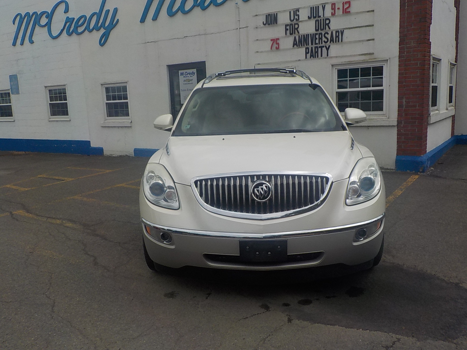 2011 Buick Enclave Vehicle Photo in Norwich, NY 13815