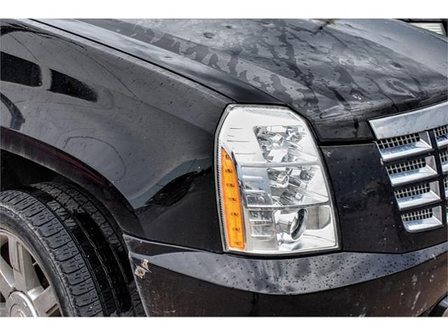 2011 Cadillac Escalade Vehicle Photo in San Angelo, TX 76901
