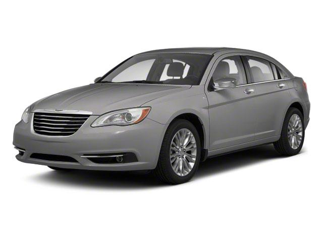 2011 Chrysler 200 Vehicle Photo in Plainfield, IL 60586