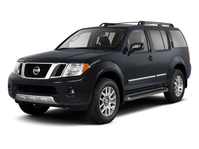 2011 Nissan Pathfinder Vehicle Photo in Moon Township, PA 15108