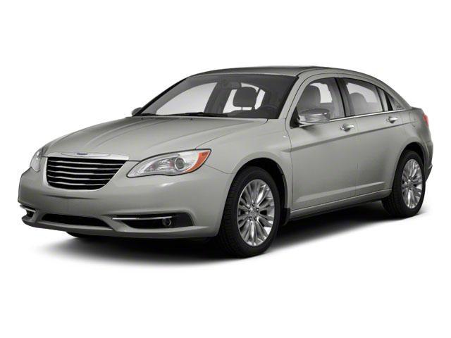 2013 Chrysler 200 Vehicle Photo in Hudsonville, MI 49426
