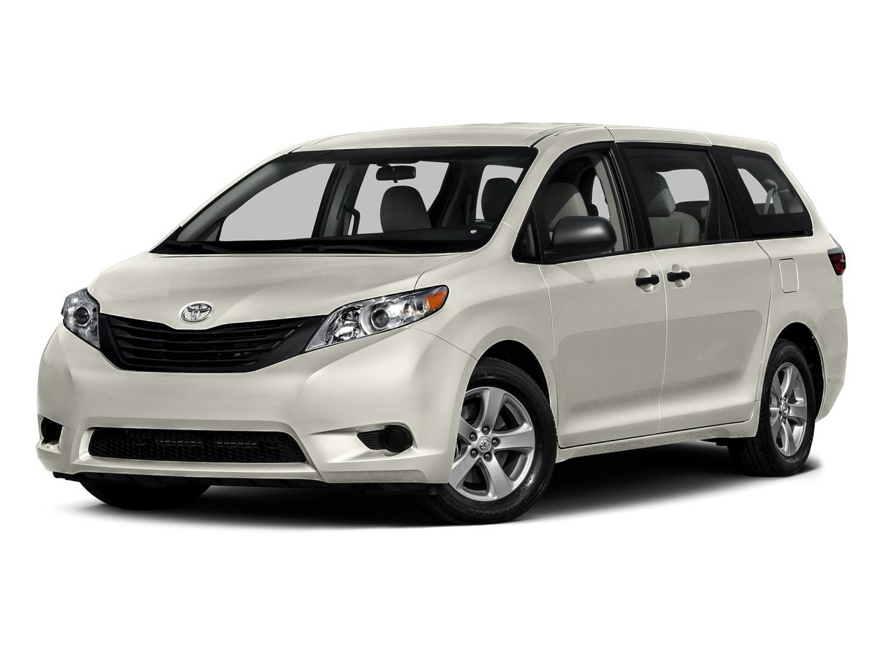 2015 Toyota Sienna Vehicle Photo in OKLAHOMA CITY, OK 73131