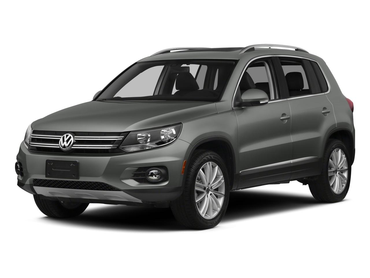 2015 Volkswagen Tiguan Vehicle Photo in Moon Township, PA 15108