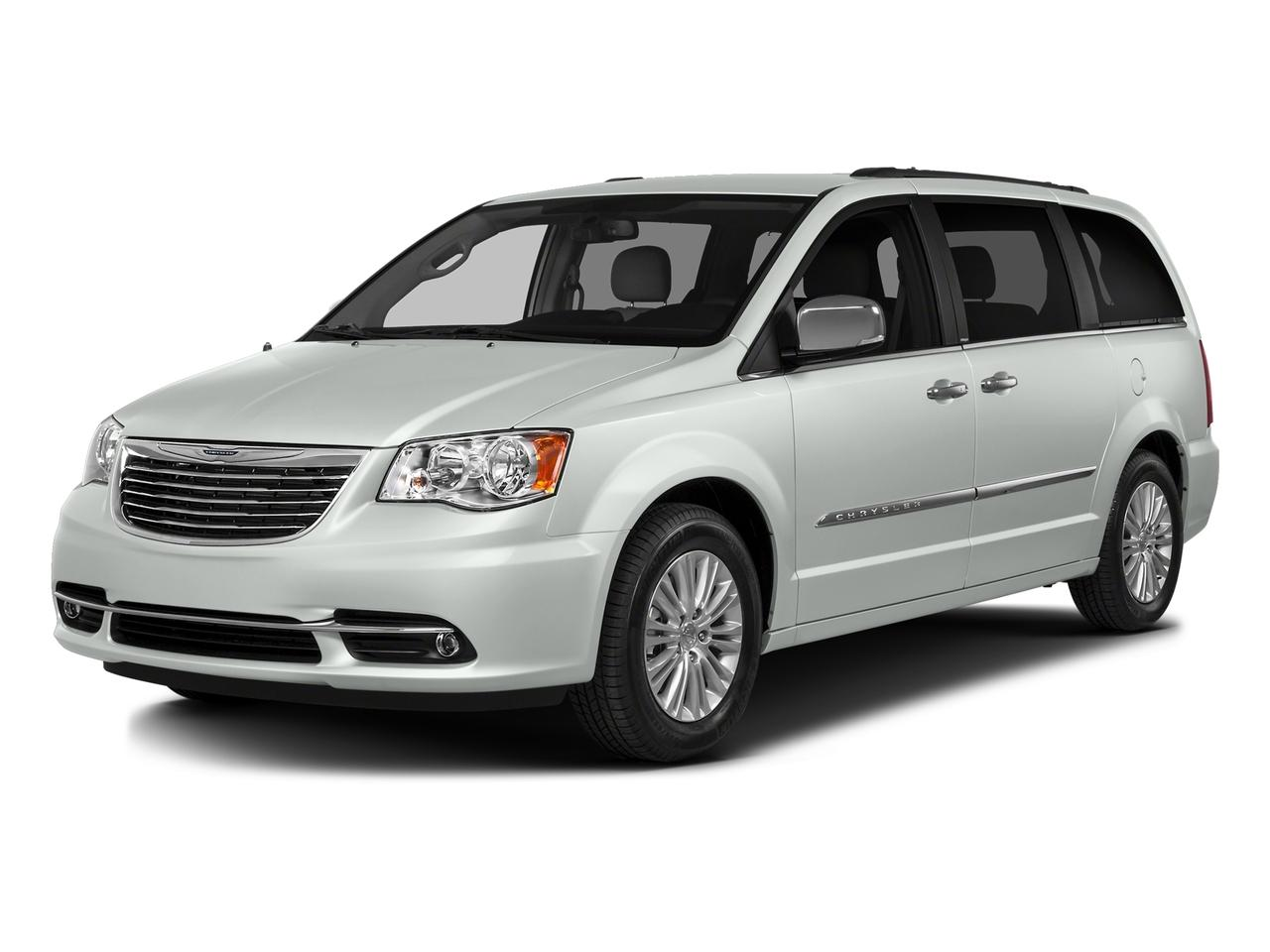 2016 Chrysler Town & Country Vehicle Photo in CHARLESTON, SC 29407