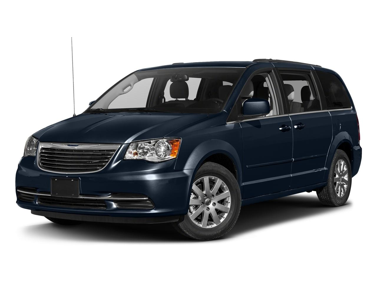 2016 Chrysler Town & Country Vehicle Photo in West Harrison, IN 47060