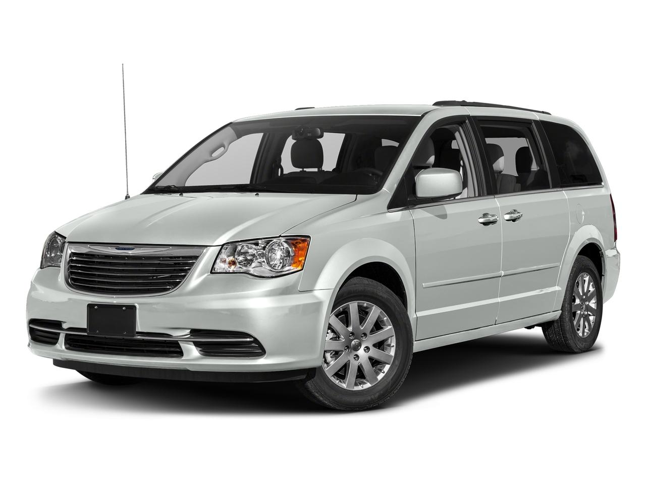 2016 Chrysler Town & Country Vehicle Photo in Joliet, IL 60435