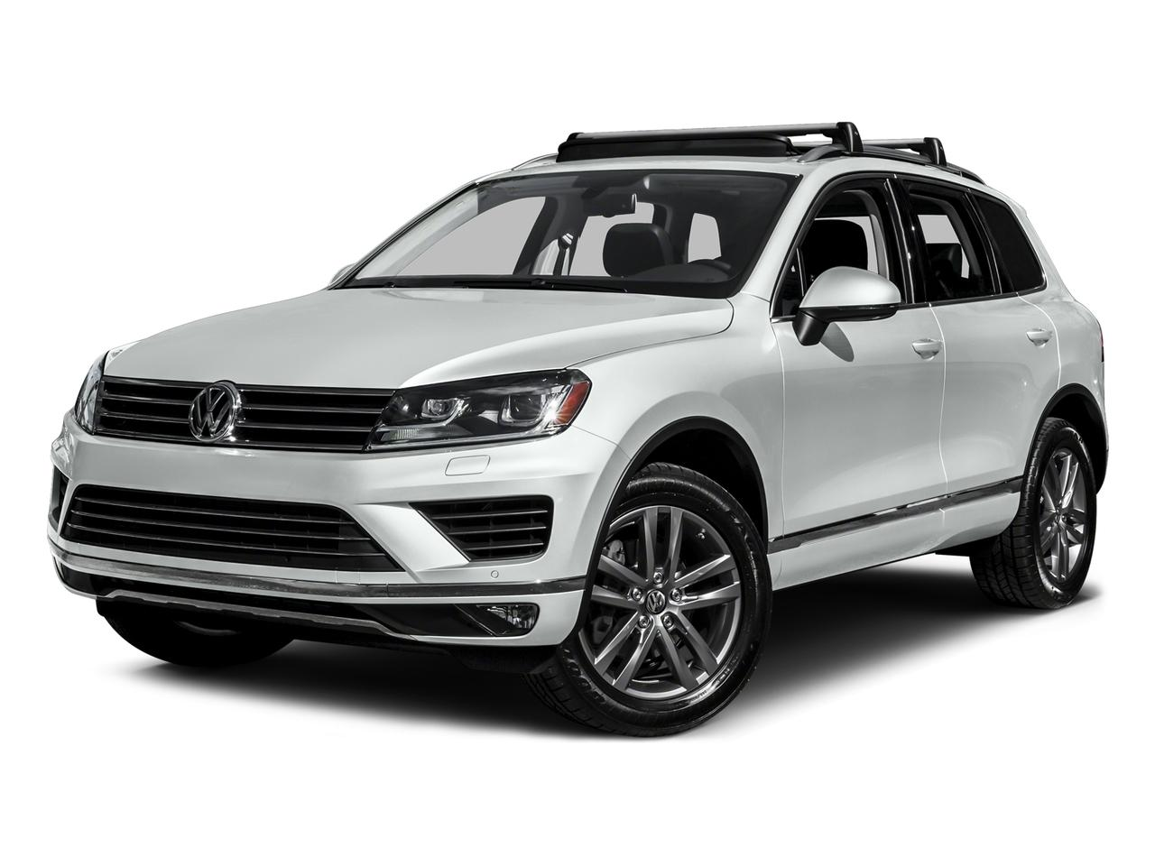 2016 Volkswagen Touareg Vehicle Photo in Akron, OH 44320