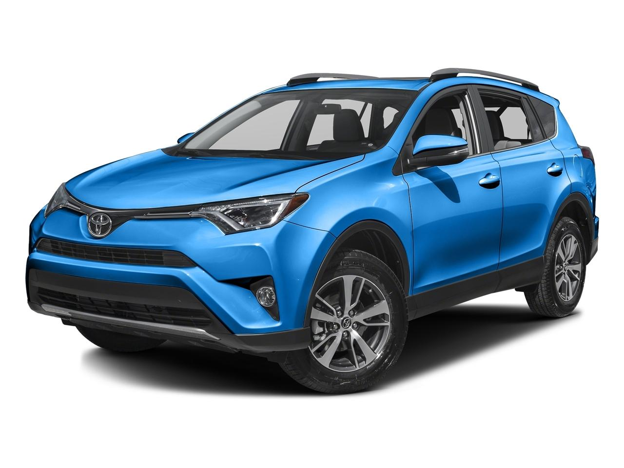 2017 Toyota RAV4 Vehicle Photo in Van Nuys, CA 91401